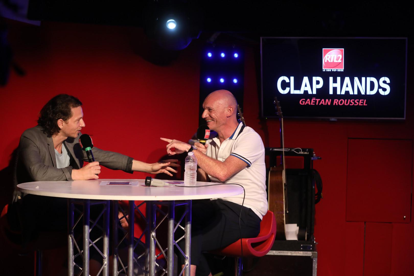 Raphael et Gaëtan Roussel dans Clap Hands