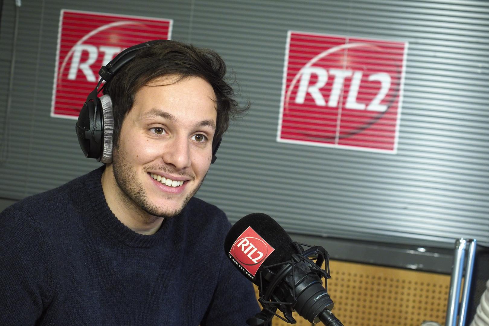 Vianney dans les studios de RTL2
