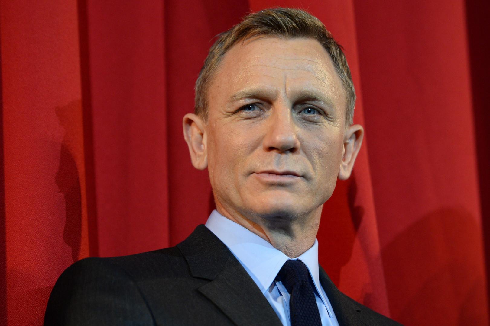 """Daniel Craig se cache dans un costume de Stormtrooper durant une scène clé de """"Star Wars 7"""""""