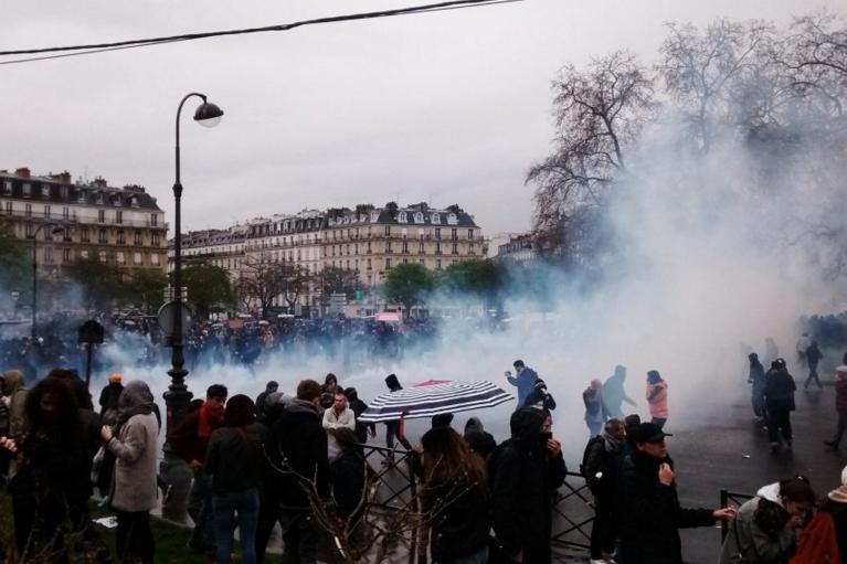 Des heurts place de la Nation à Paris