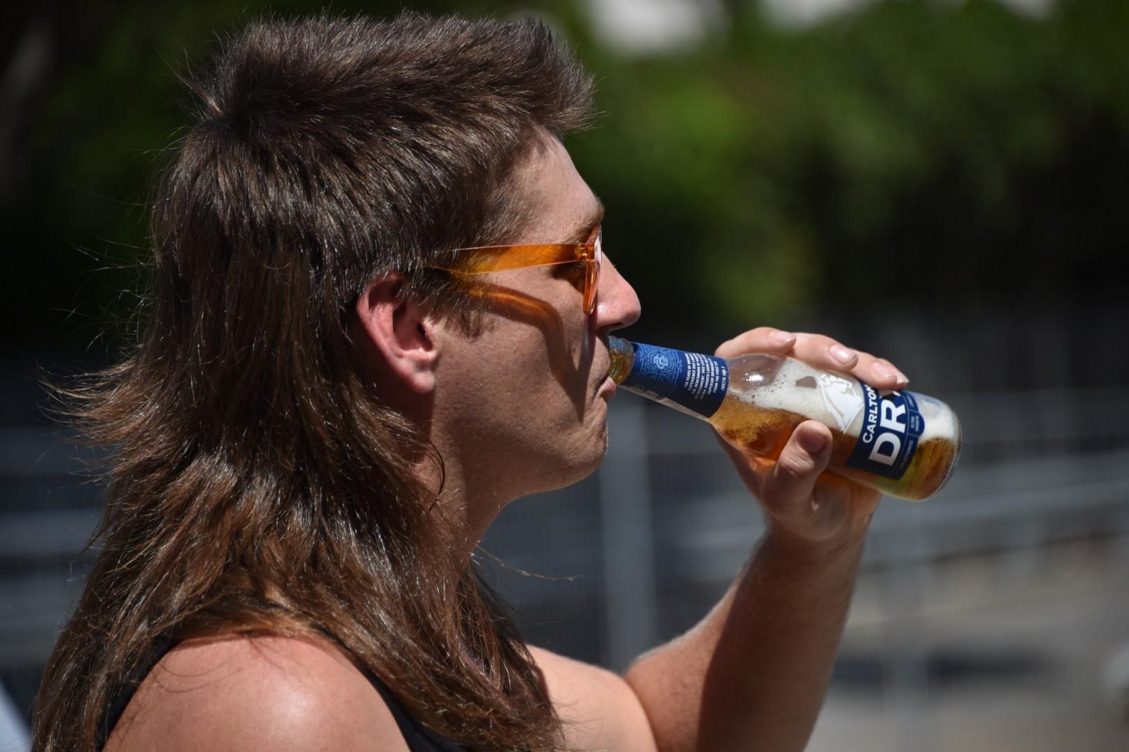 """Un participant à la première édition du """"Mulletfest"""" en Australie"""