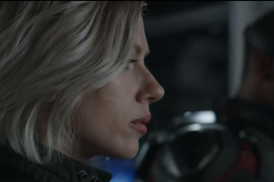 Black Widow est incarnée par Scarlett Johansson
