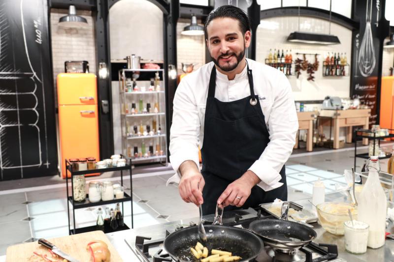 Mohamed Cheikh (28 ans) a été Chef des cuisines pour Éric Fréchon au Publicis Drugstore Paris.