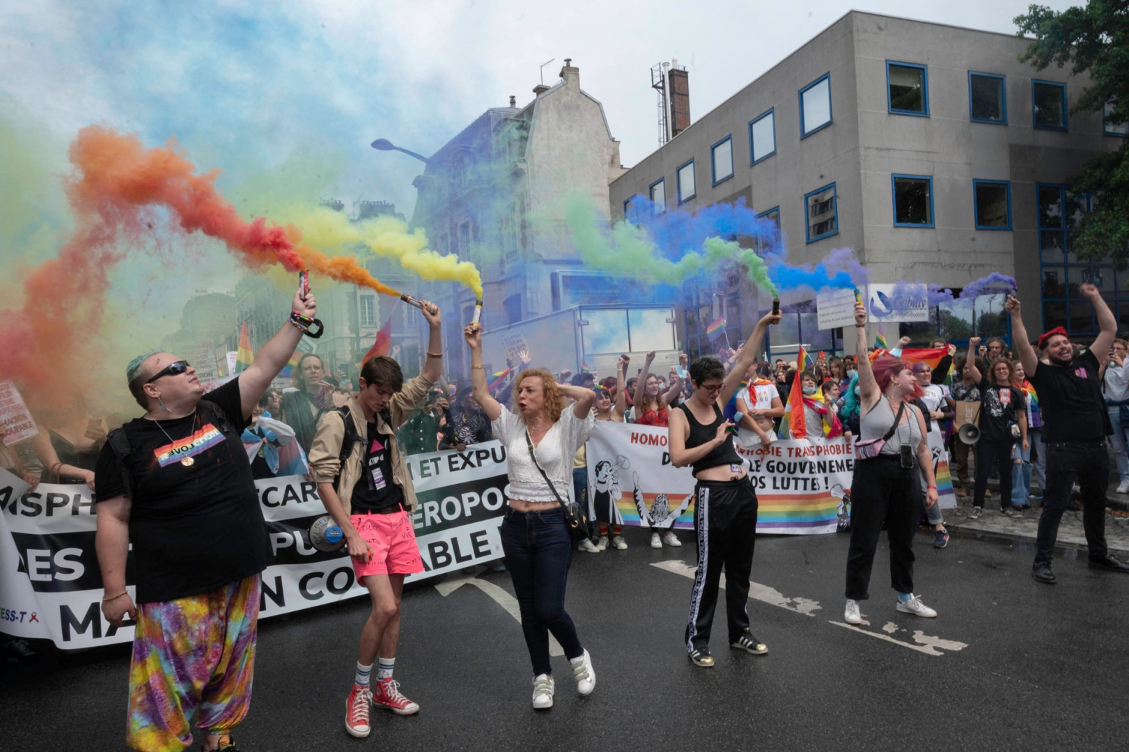 À un an de l'élection présidentielle, les marcheurs demandent notamment l'ouverture de la PMA aux couples de femmes et aux femmes seules.
