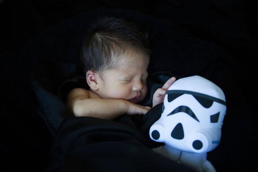 Ezra en compagnie d'un Stormtrooper