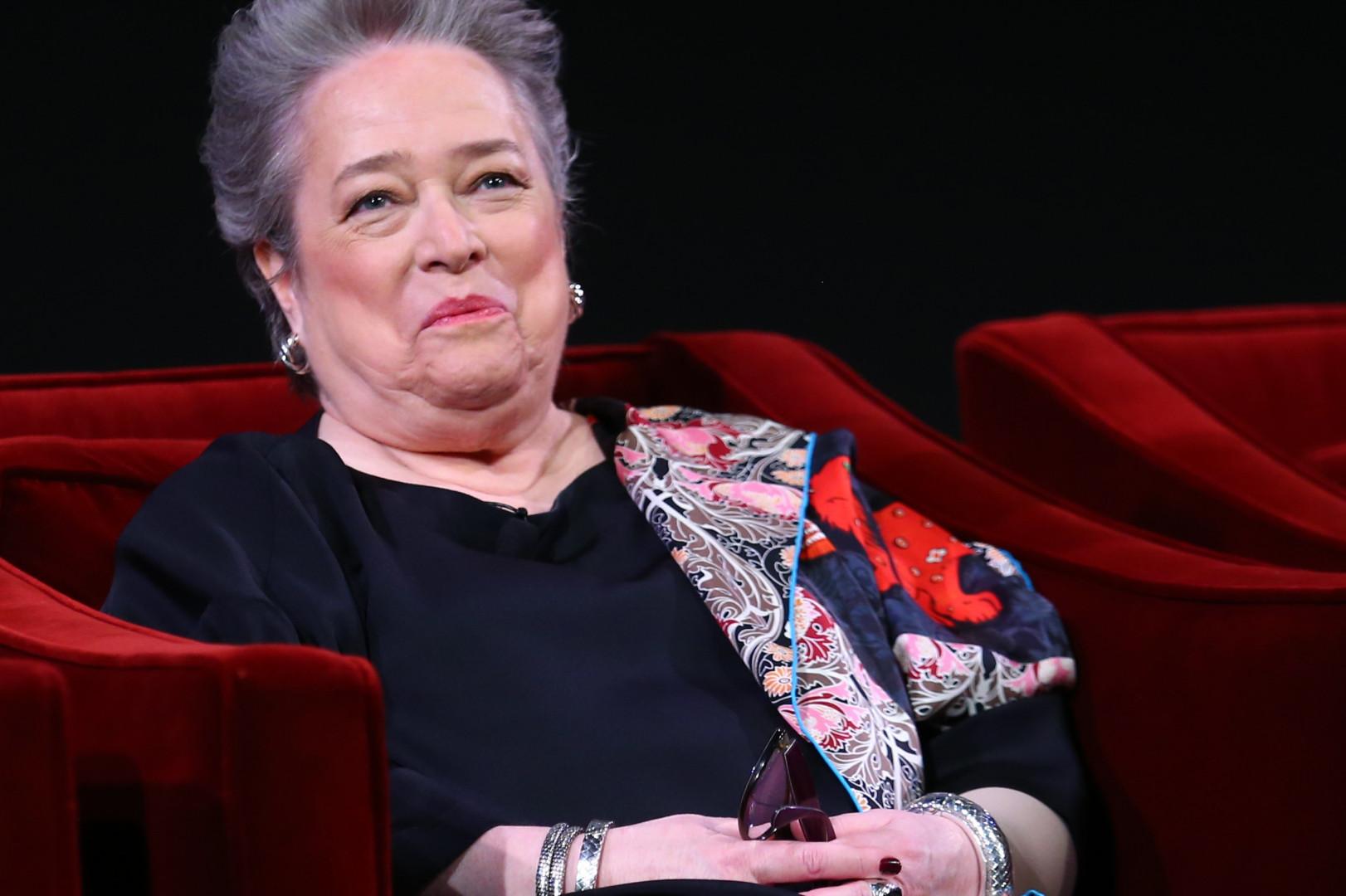 """Les fans de """"American Horror Story"""" connaissent déjà Kathy Bates qui avait aussi joué dans """"Titanic"""""""