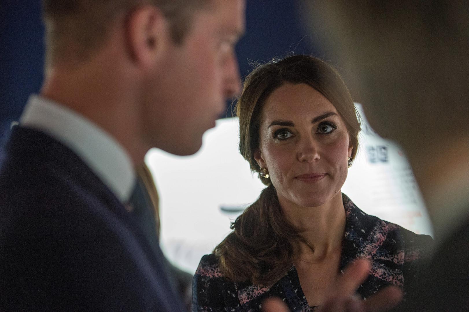 Kate Middleton en pleine discussion avec le prince William