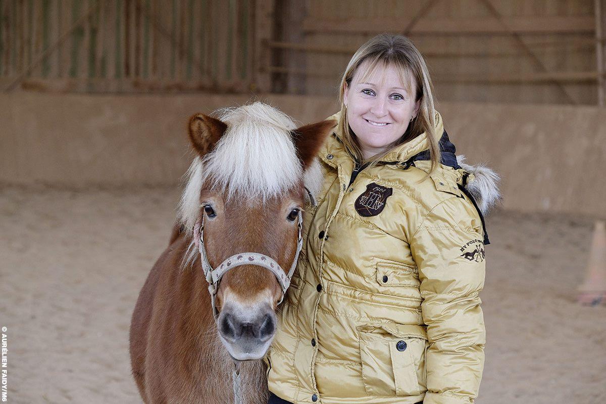 Julie, 33 ans, éleveuse de chevaux en Normandie