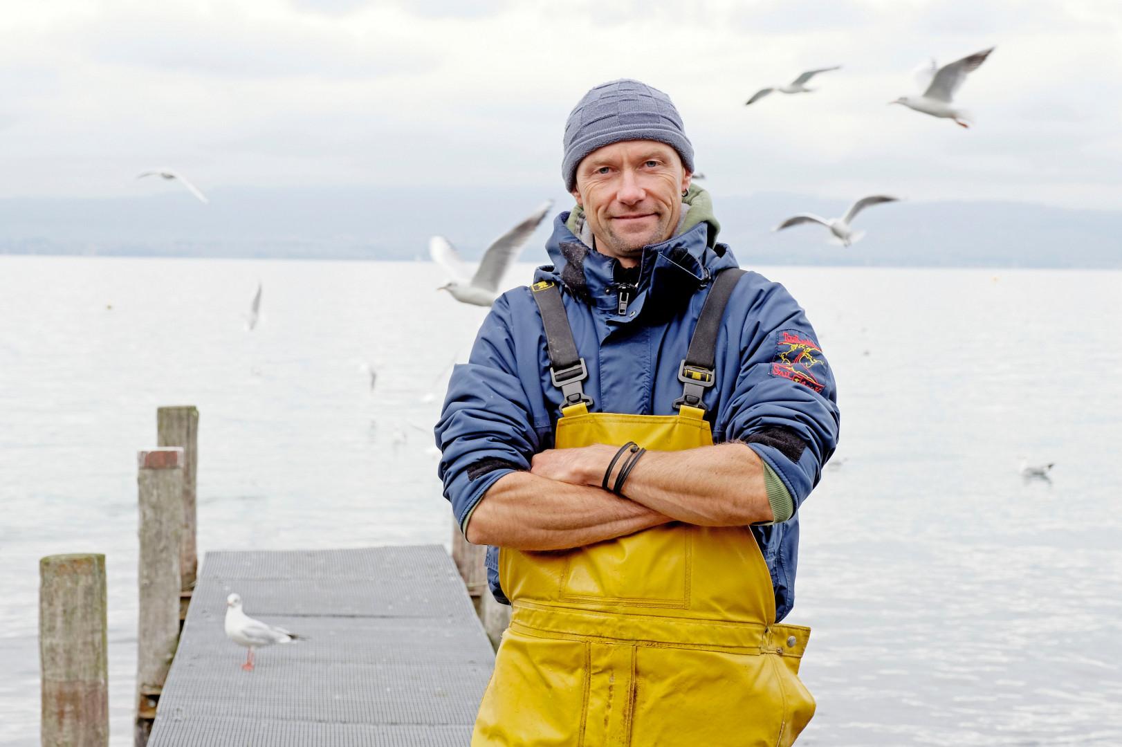 Raphaël, 44 ans, est pêcheur en Auvergne