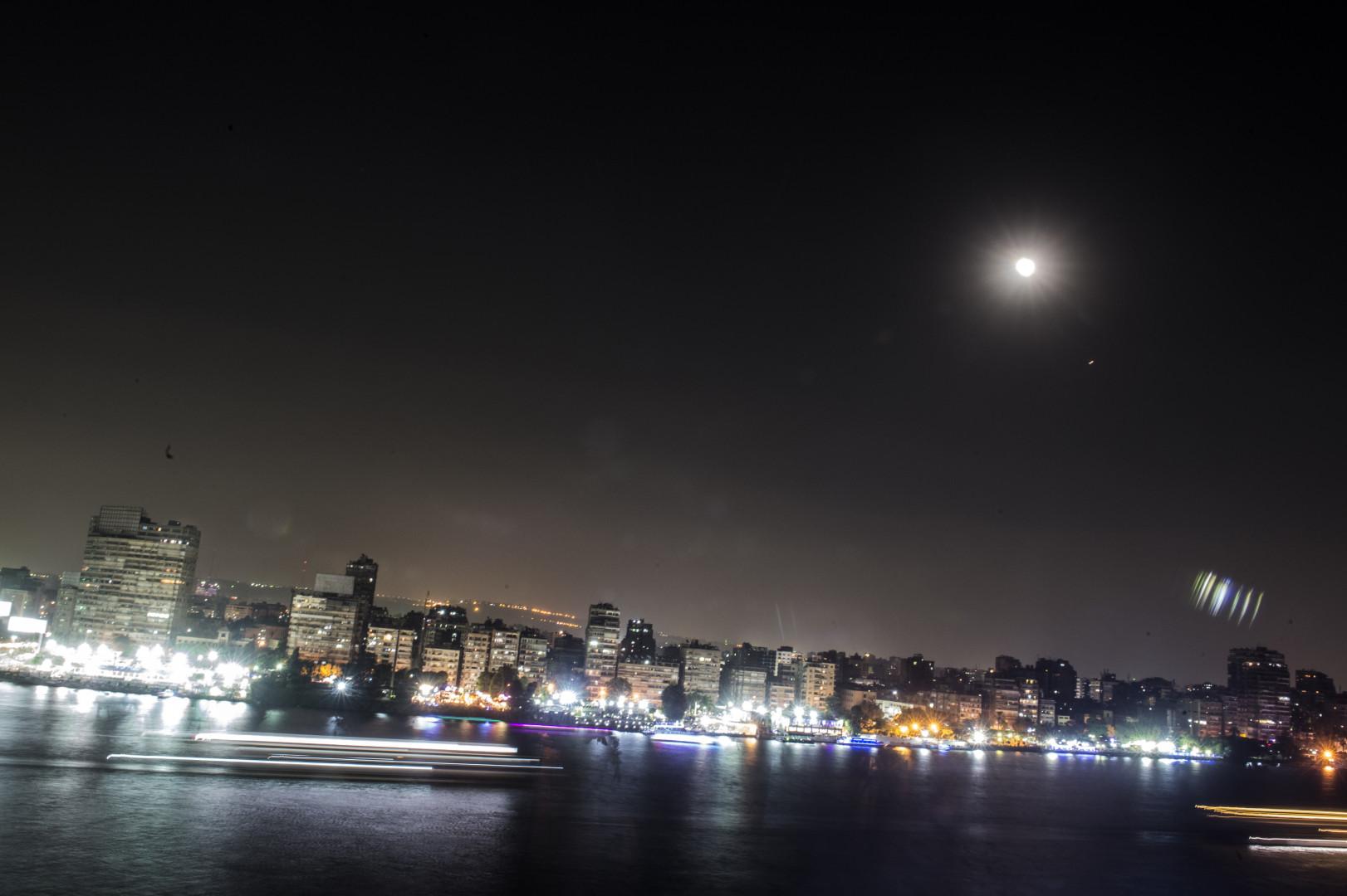 L'éclipse de Lune du 27 juillet dans le ciel du Caire (Égypte)
