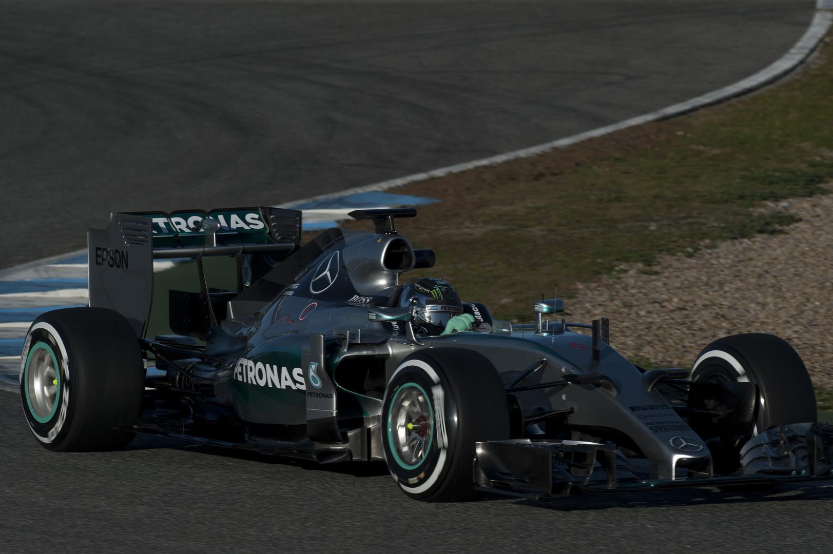 L'Allemand Nico Rosberg au volant de la Mercedes 2015
