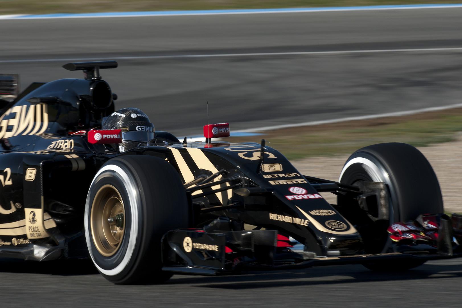 Le Français Romain Grosjean, 14e du championnat en 2014, espère retrouver une Lotus compétitive