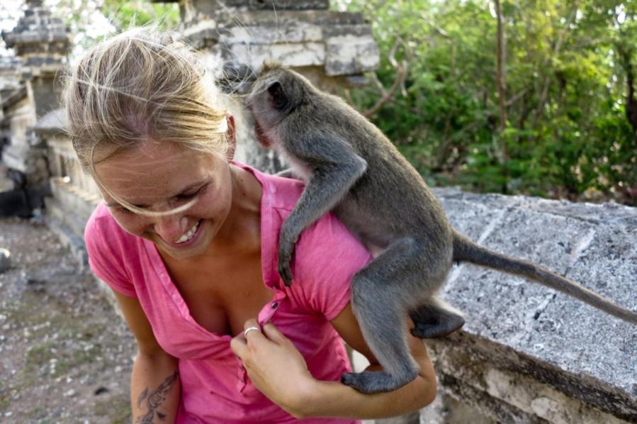 Cindy a tout plaqué pour suivre ses envies de voyage (@cindylabaroudeuse)