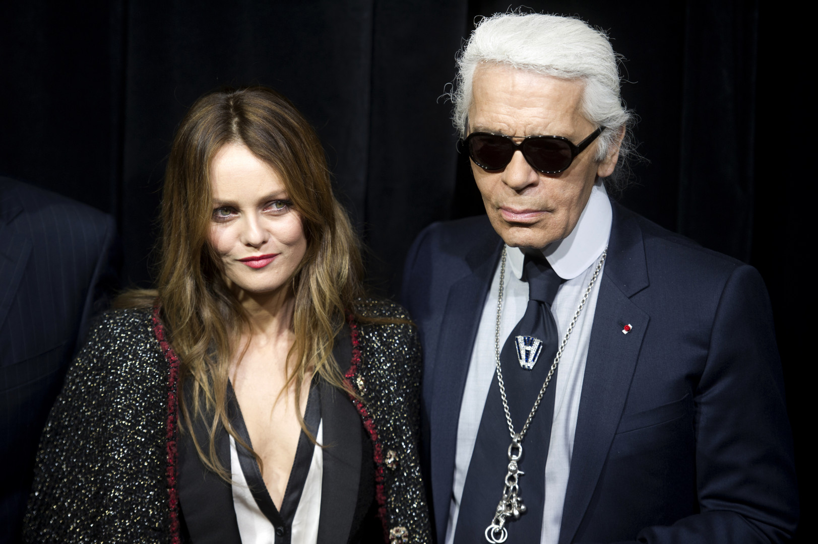 Avec Vanessa Paradis en 2011 qu'il choisit comme la principale représentante de Chanel