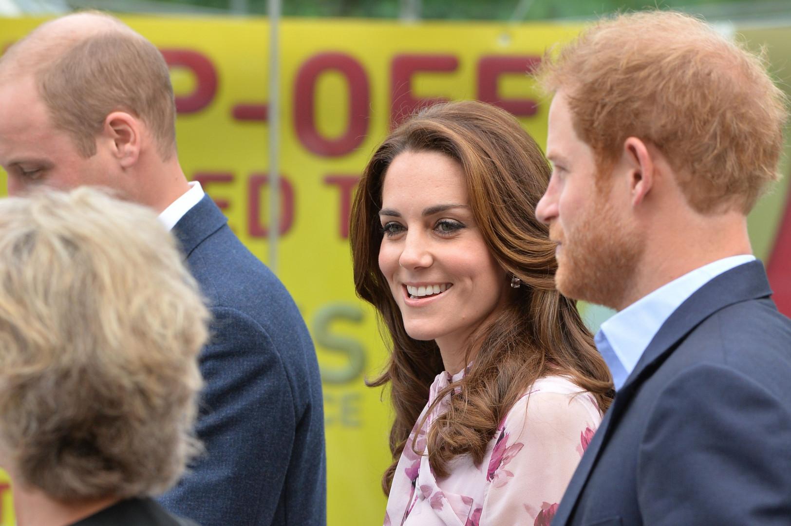 Le prince William, Kate Middleton et prince Harry sont toujours très complices