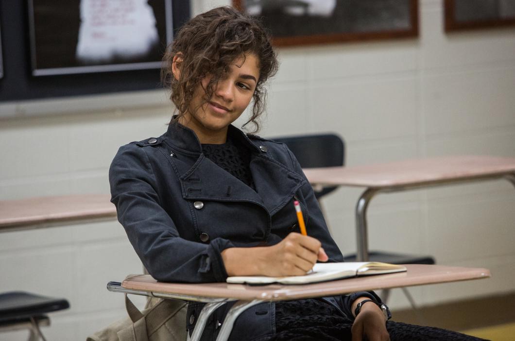 MJ incarnée par Zendaya, crush de Peter Parker et qui sait son secret