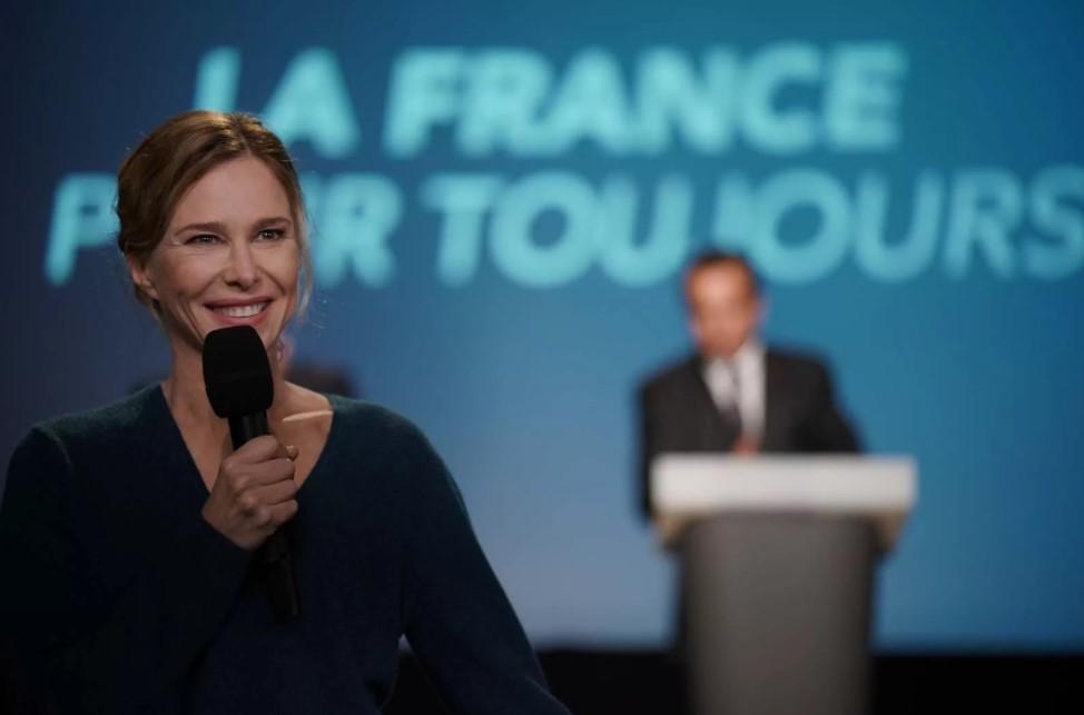 Pascale Arbillot incarne Isabelle, la compagne de François