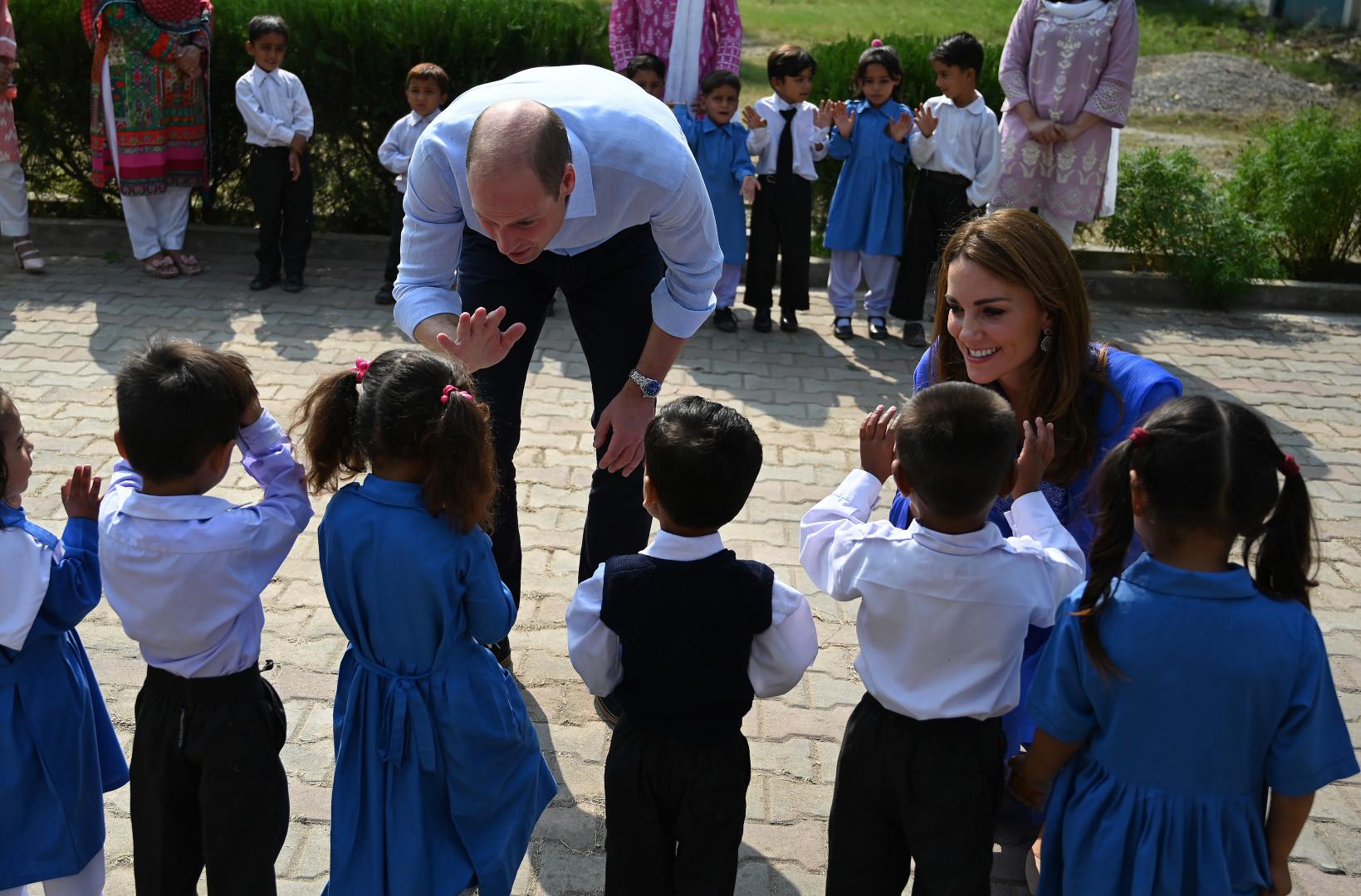 Le couple princier a visité une école de Islamabad, au Pakistan, mardi 15 octobre 2019