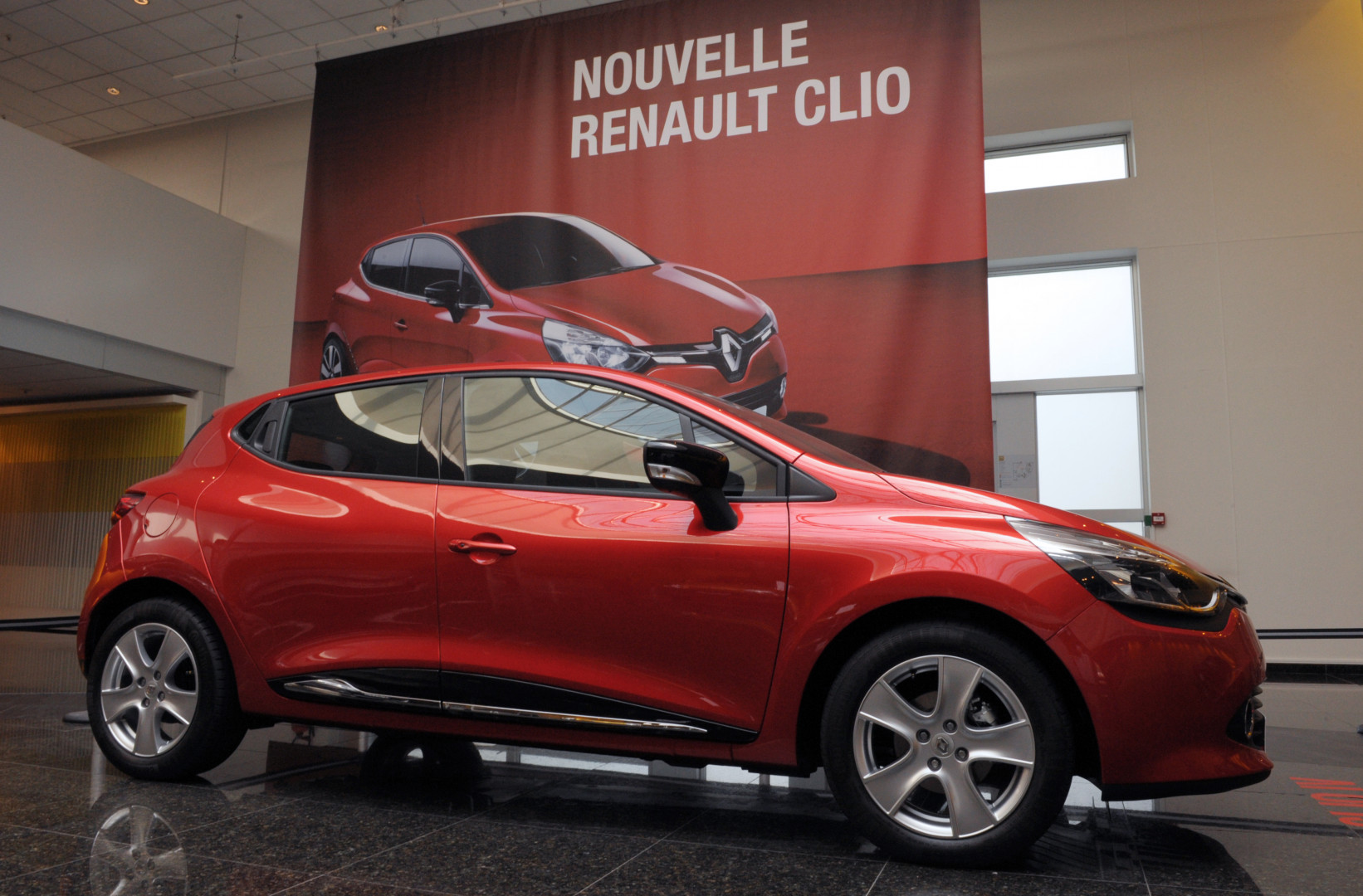 1 - La Renault Clio 4 est la voiture la plus volée en France, en 2018