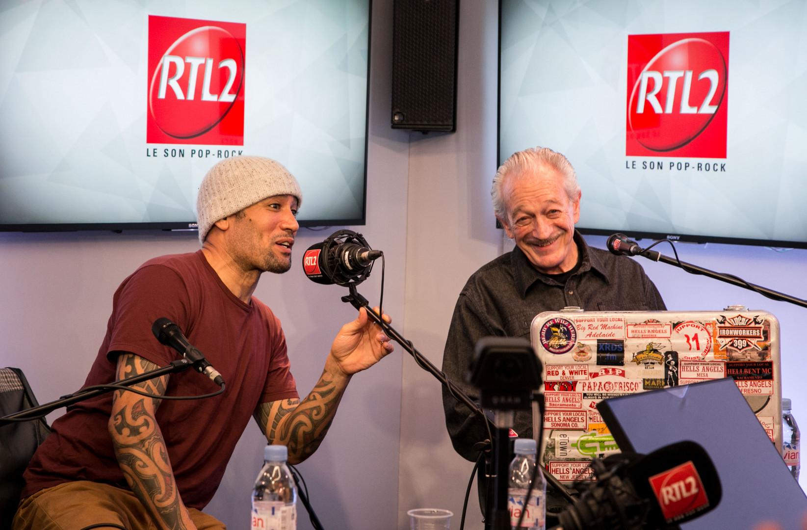 Ben Harper et Charlie Musselwhite dans les studios de RTL2