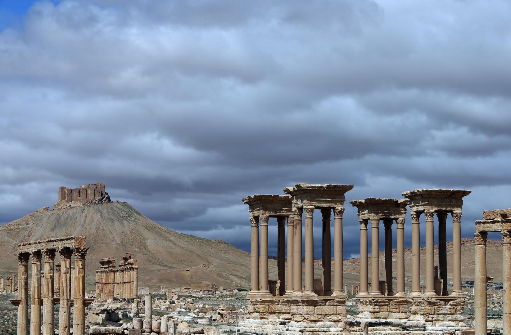 L'entrée monumentale de la cité antique de Palmyre (14 mars 2014)