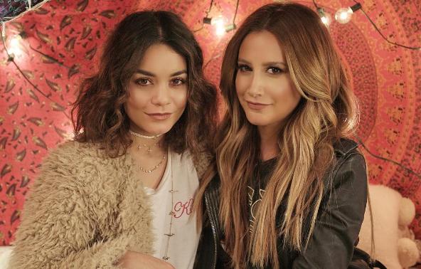 Vanessa Hudgens et Ashley Tisdale ont commencé l'année avec une belle surprise : leur premier duo
