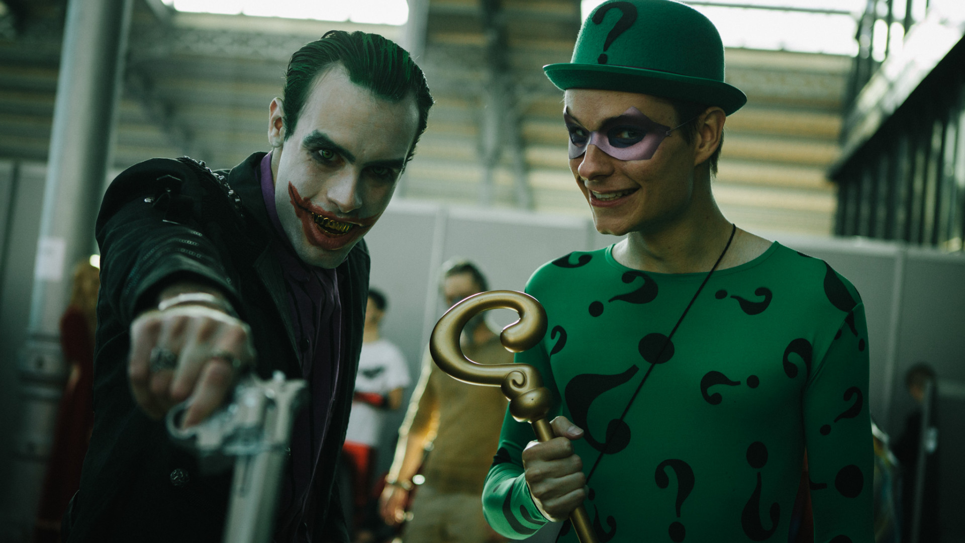 Le Joker en compagnie de l'Homme-Mystère