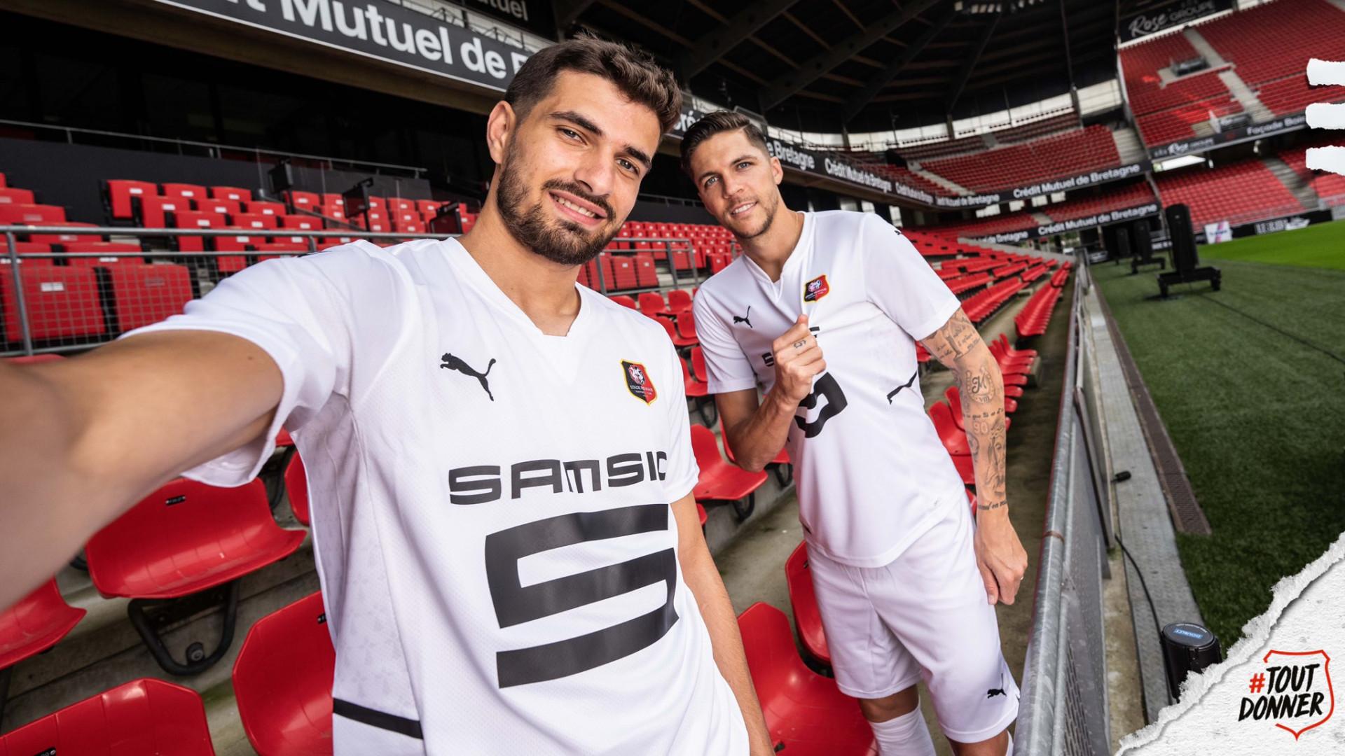 Le maillot extérieur de Rennes pour la saison 2021-2022