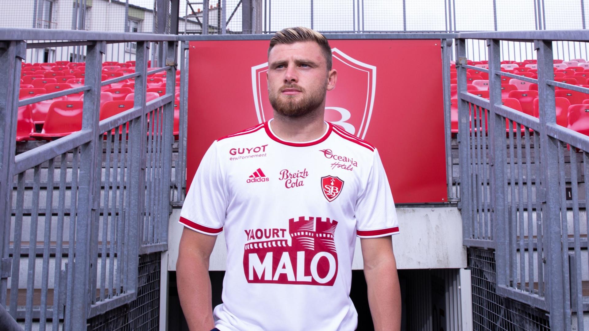 Le maillot extérieur de Brest pour la saison 2021-2022