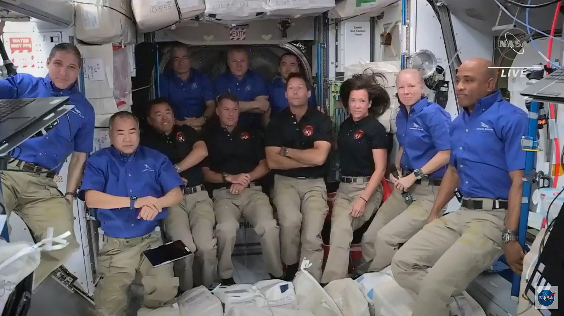 Avec l'arrivée de quatre astronautes, la station spatiale internationale va être inhabituellement peuplée, avec onze occupants.