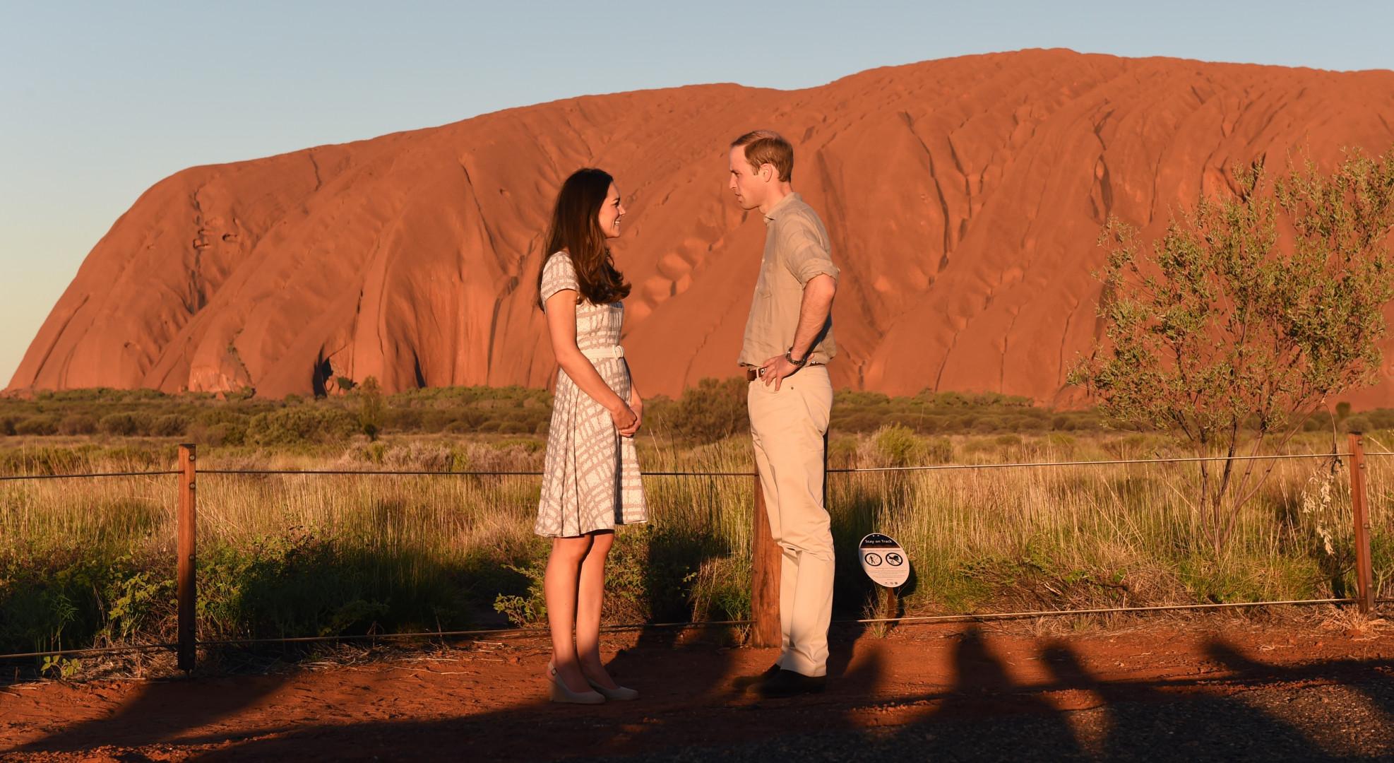 Pose au coucher du soleil en Australie pour une photo romantique le 22 avril 2014