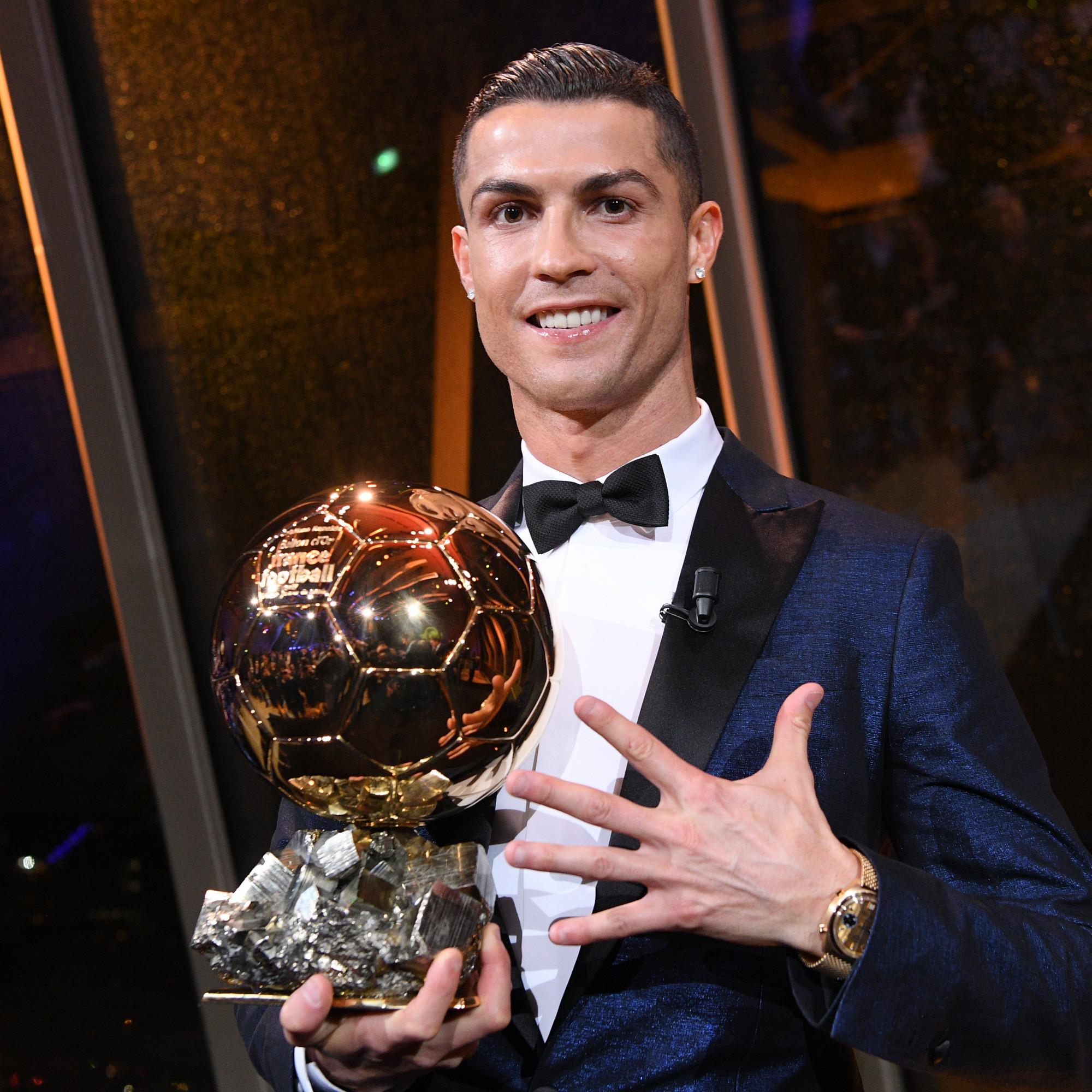 Ballon d'Or : Cristiano Ronaldo sera sacré pour la 6e fois en 2021, explique Florian Gazan