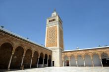 La mosquée Zitouna est au coeur de la médina de Tunis et s'étend sur 5.000 mètres carrés
