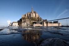 Le Mont Saint-Michel lors de la grande marée le 22 février 2015