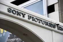 Cinq mois après le scandale du piratage spectaculaire de Sony Pictures, WikiLeaks publie 30,287 documents des archives du groupe (Illustration).