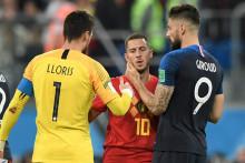 Hugo Lloris et Olivier Giroud avec Eden Hazard le 10 juillet 2018 à Saint-Pétersbourg