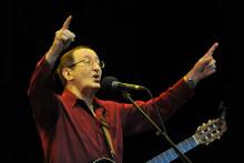 Le chanteur Idir, en 2011, lors d'un concert au Maroc