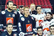 Justin Bieber avec les joueurs des Gothiques d'Amiens