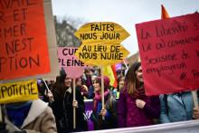 Une pancarte lors de la journée internationale du droit des femmes, samedi 8 mars 2020, à Paris