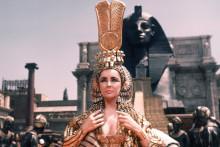 Elizabeth Taylor devient la plus iconique Cléopâtre d'Hollywood en 1963