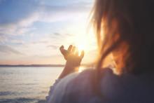 """La vitamine D est une """"prohormone synthétisée dans le derme sous l'effet des ultraviolets, c'est-à-dire des rayons du soleil"""