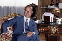 Jacques Chirac, président du RPR et maire de Paris, pose dans son bureau de l'Hotel de Ville, le 24 août 1978