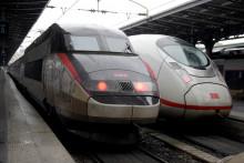 Trains de la SNCF, gare de l'est, Paris