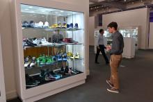 Une paire de sneakers de la collection vendue à Sotheby's, le 15 juillet 2019