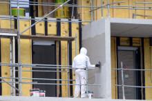 Un homme réalise des travaux à Rennes en 2013 (illustration)