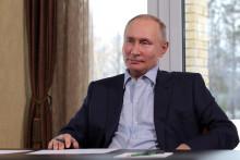 Vladimir Poutine tient une réunion avec des étudiants par vidéoconférence, le 25 janvier 2021.