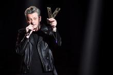 Benjamin Biolay a raflé les prix de l'artiste de l'année et de l'album de l'année, vendredi 12 février lors des Victoires de la Musique 2021.