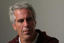Jeffrey Epstein, 66 ans, financier américain accusé d'avoir organisé un réseau de prostitution de mineures, retrouvé mort dans sa cellule à New York, décédé le 10 août.