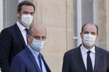 De gauche à droite, Olivier Véran, Jean-Michel Blanquer et Jean Castex, le 31 mars 2021