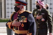 Le roi de Jordanie Abdallah II et son fils, le prince Hussein, le 10 décembre 2020